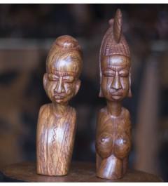 Paire bustes africains homme et femme en teck