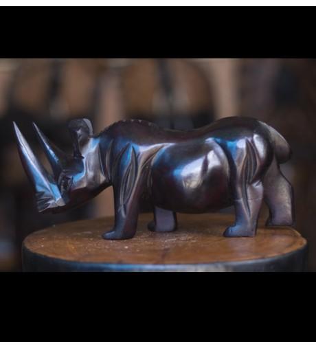 Rhinocéros en teck